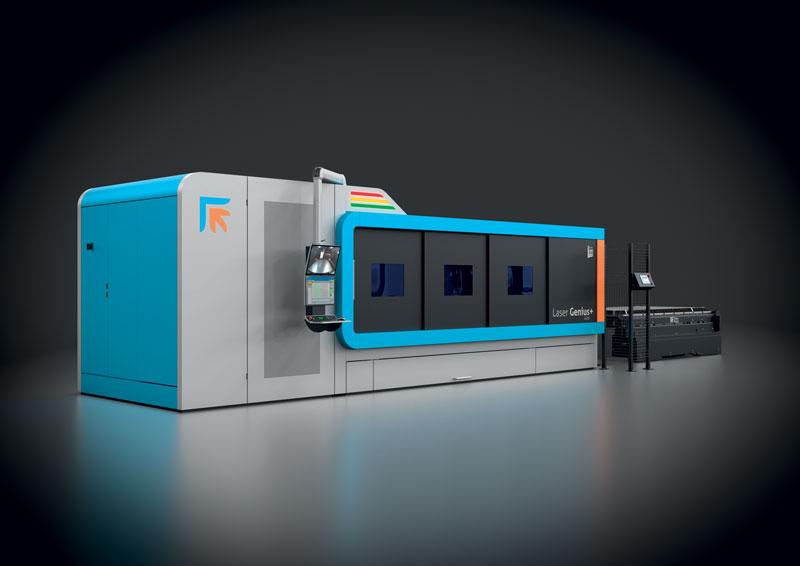 Al termine del Tech Talks, Giulio Amore e Marco Pivanti hanno annunciato il lancio della nuova macchina laser 2D Laser Genius+.
