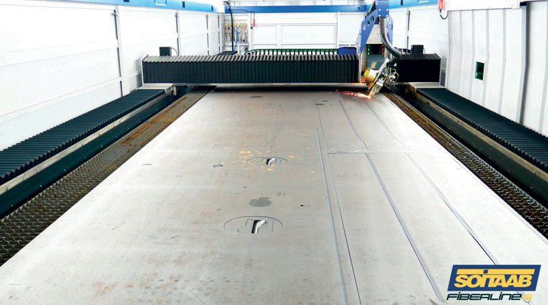 Sistema di taglio laser Soitaab LineaTech per grandi formati.