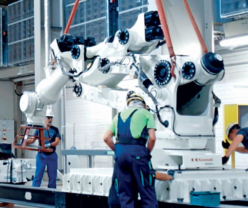 La serie M include i robot dedicati ai carichi extra grandi dai 350 ai 1.500 kg di portata con uno sbraccio di oltre i 4 m.
