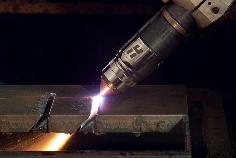 True Bevel consente di effettuare dei tagli bevel per necessità di montaggio e per creare inviti a successive lavorazioni di saldatura.