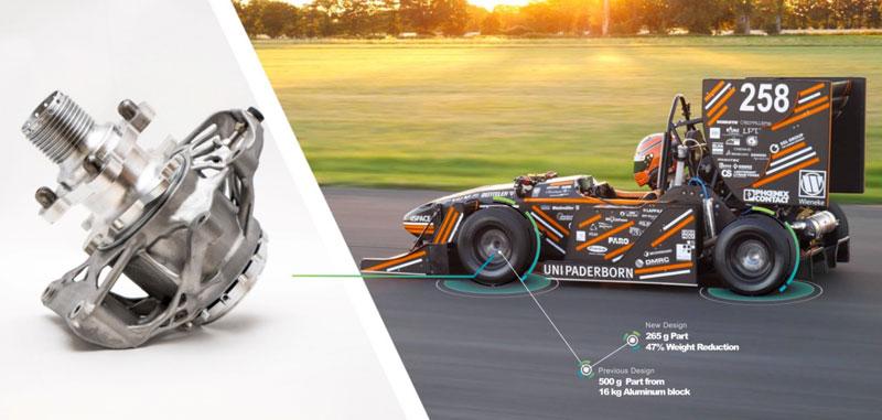 Mozzi in alluminio, ottimizzati e sviluppati in modo virtuale, installati nell'automobile di Formula Student all'Università di Paderborn.