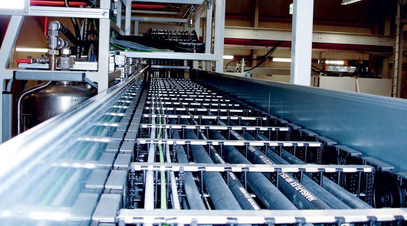 "Le catene portacavi di KABELSCHLEPP sono ""sistemi vitali"" per le unità di filling medium di SAT Sterling."