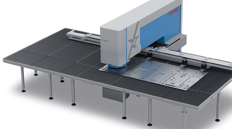 La nuova punzonatrice Euromac XT utilizza soluzioni di movimentazione lineare ad alte prestazioni, robuste e affidabili di NSK. Foto: Euromac