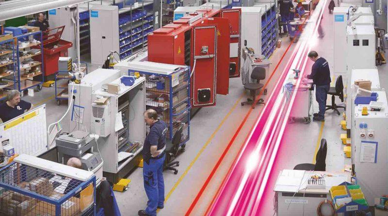 Al Forum Meccatronica, il 14 ottobre a Parma, Rittal ed Eplan spiegheranno come progettare in modo innovativo la Smart Factory e presenteranno il caso applicativo di Linea 90.