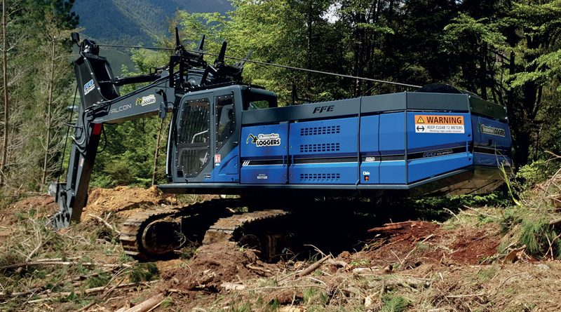 Twin Drives Move the Winch System of the Excavator