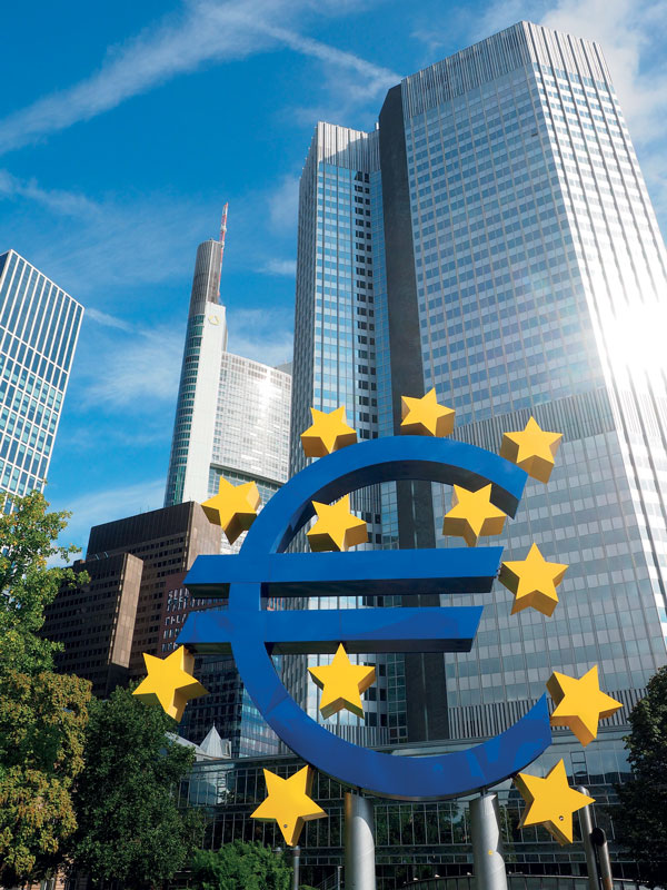 Many countries are in favour of a more decisive role for the European Central Bank.