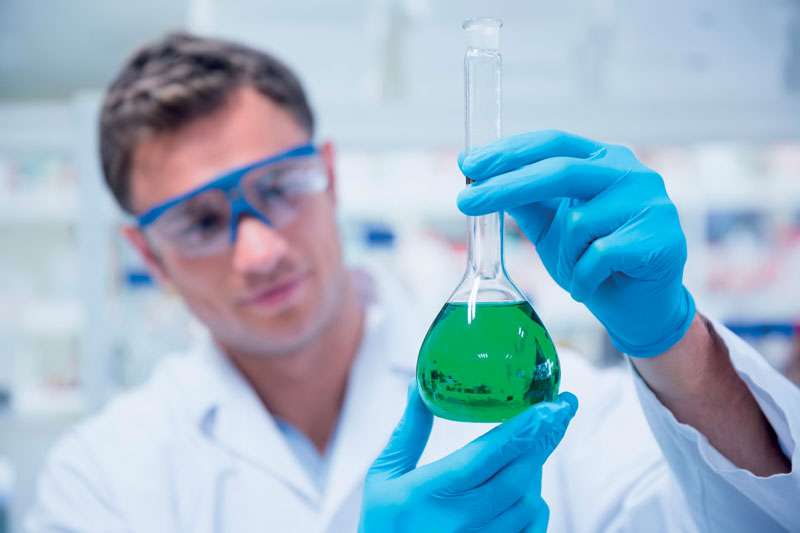 The FUCHS Laboratory is staffed by specialized technicians for customized applications.