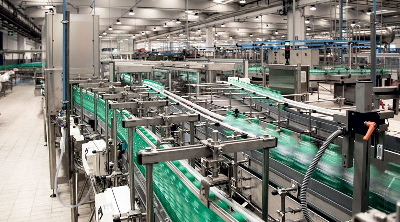 La linea PET da 44.000 bottiglie all'ora installata presso un importante imbottigliatore italiano di acqua.