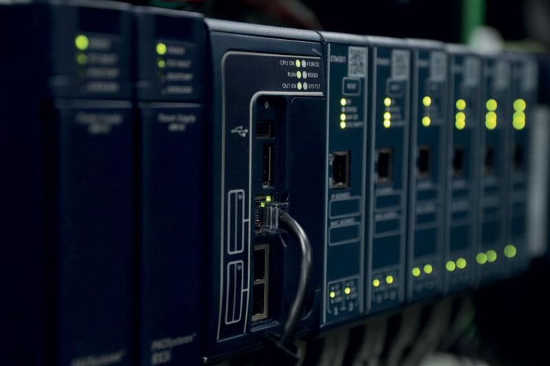 I PAC (Programmable Automation Controller) hanno rappresentato un passo avanti offrendo una singola piattaforma funzionante in più domini