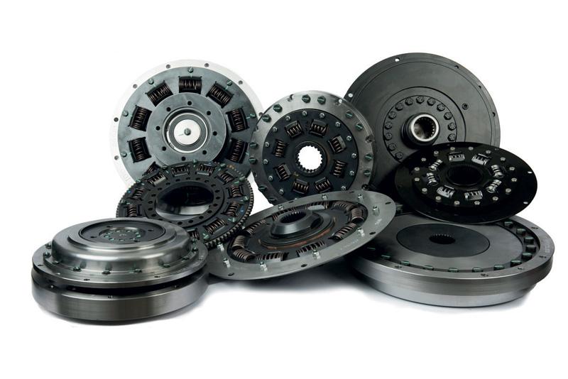 Selezione di giunti a molla da Torsion Control Products. La serie copre una gamma di coppie comprese tra 27 e 27.000 Nm.