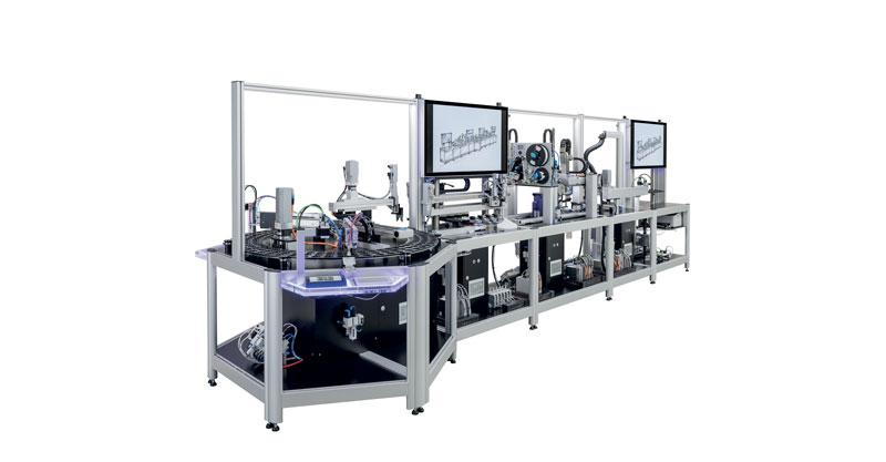 Optimal Balancing Between Mass Production and Customization