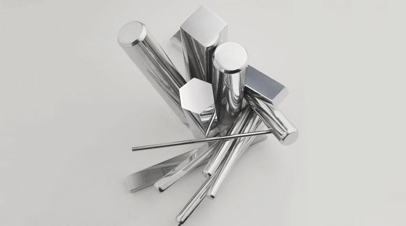"""""""La nuova lega 2077 LF apre nuovi mercati per le leghe d'alluminio, in grado di sostituirsi efficacemente anche alle barre di ottone e d'acciaio in molte applicazioni meccaniche"""", afferma Giorgio Di Betta, direttore commerciale di Eural Gnutti."""