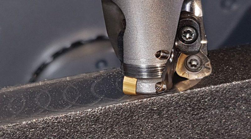 Fresa a inserti intercambiabili AJX di Mitsubishi Materials DIAEDGE, la cui gamma di prodotti è commercializzata nel nostro Paese da MMC Italia.