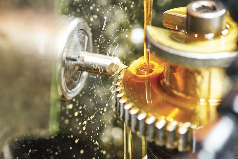La linea FOLIA si rafforza con FOLIA G5000, fluido bio-derivato specifico per il metalworking privo di oli minerali, vegetali ed emulsionanti.