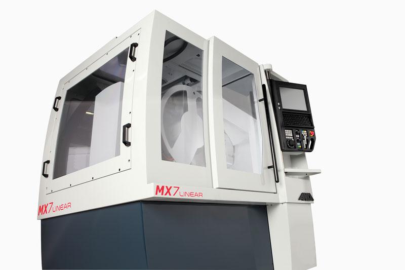 Visto il successo riscosso con il primo modello MX7 Linear, Schunk Präzisionswerkzeuge ha investito in un secondo modello - un'altra MX7 - di ANCA.