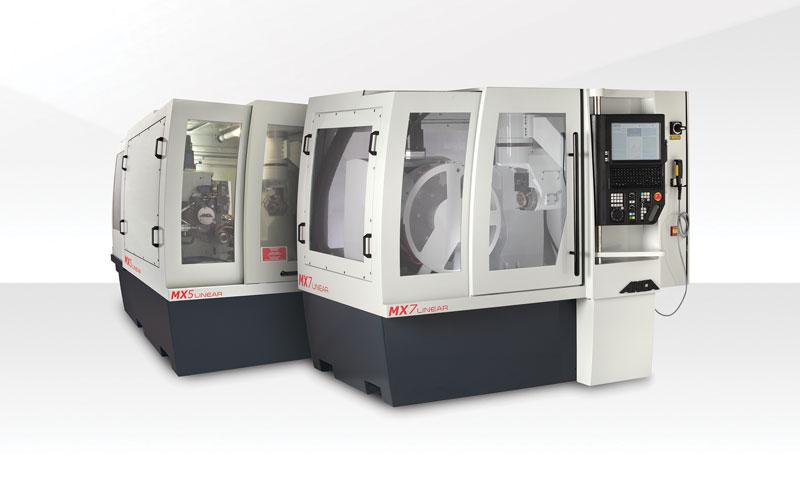 La linea di affilatrici MX Linear di ANCA comprende i modelli MX5 e MX7.