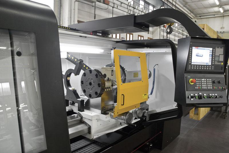 A governare i torni paralleli a CNC conversazionali serie PICOdue è un CNC esclusivo sviluppato da Comev in collaborazione con la società D.Electron.