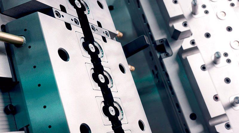 La produzione di IGS GeboJagema spazia dai piccoli stampi a iniezione con pochi inserti ai complessi stampi multicavità.