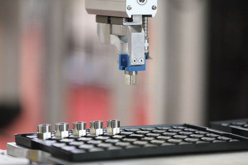 Il concetto di produzione smart non è stato applicato solo all'aspetto della gestione del processo produttivo, ma è stato ampliato al settore ingegneria meccanica, che rappresenta il vero e proprio cuore dell'azienda.
