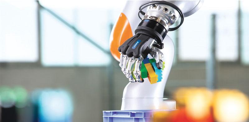 """""""Visto il suo potenziale sviluppo, nei prossimi anni la Robotica di Servizio sarà sicuramente un mercato che non potrà non essere preso in considerazione""""."""
