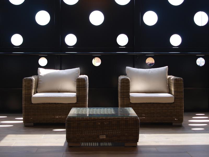 Bandinelli & Forni Metalli fornisce principalmente metalli non ferrosi all'importante distretto artigianale fiorentino che richiede prodotti di alta qualità, che vengono trasformati in accessori e complementi per la moda e il design.